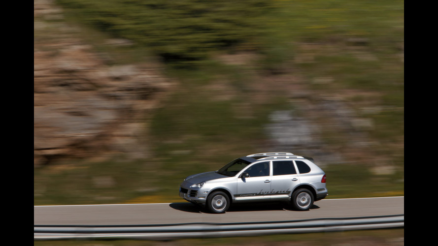 Bosch: l'ibrido per Porsche, Volkswagen e Peugeot