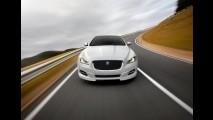 Jaguar XJ Sport Pack 2012: visual mais agressivo e velocidade máxima ampliada