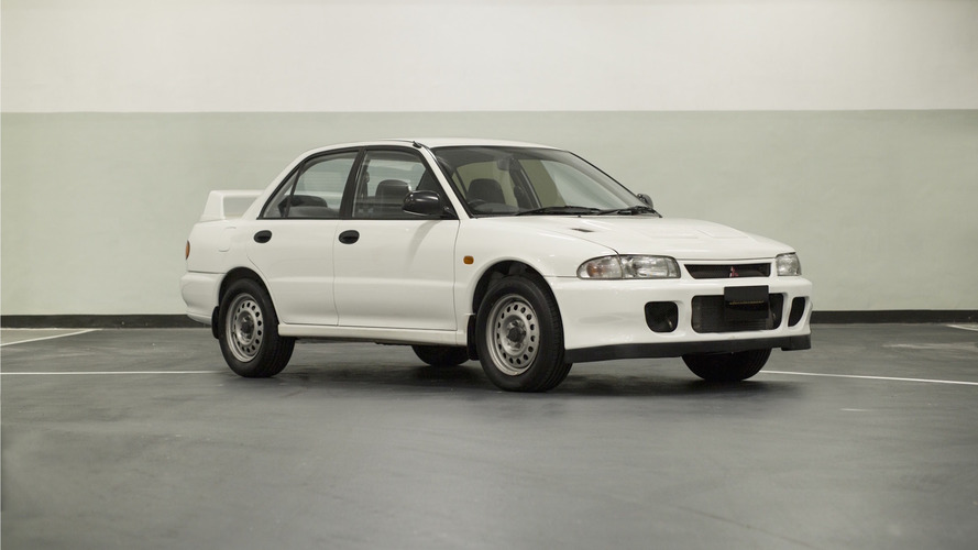 Mitsubishi Lancer Evo II RS ile tarihi satın alabilirsiniz