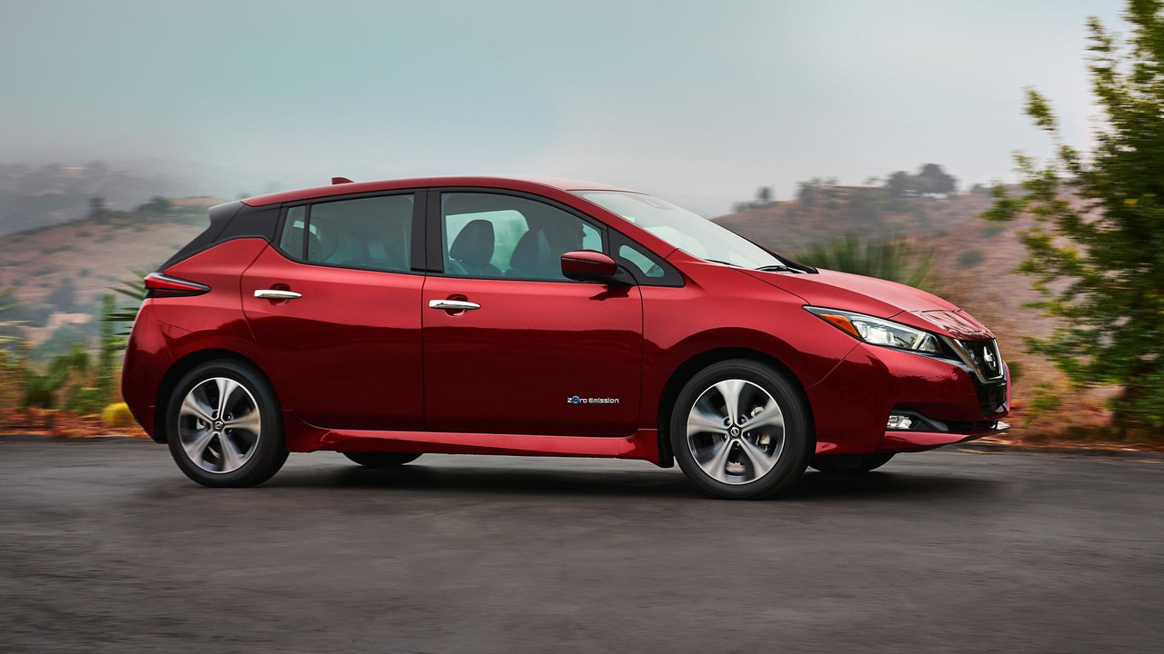 el nuevo nissan leaf 2018 es develado oficialmente auto infoblog. Black Bedroom Furniture Sets. Home Design Ideas