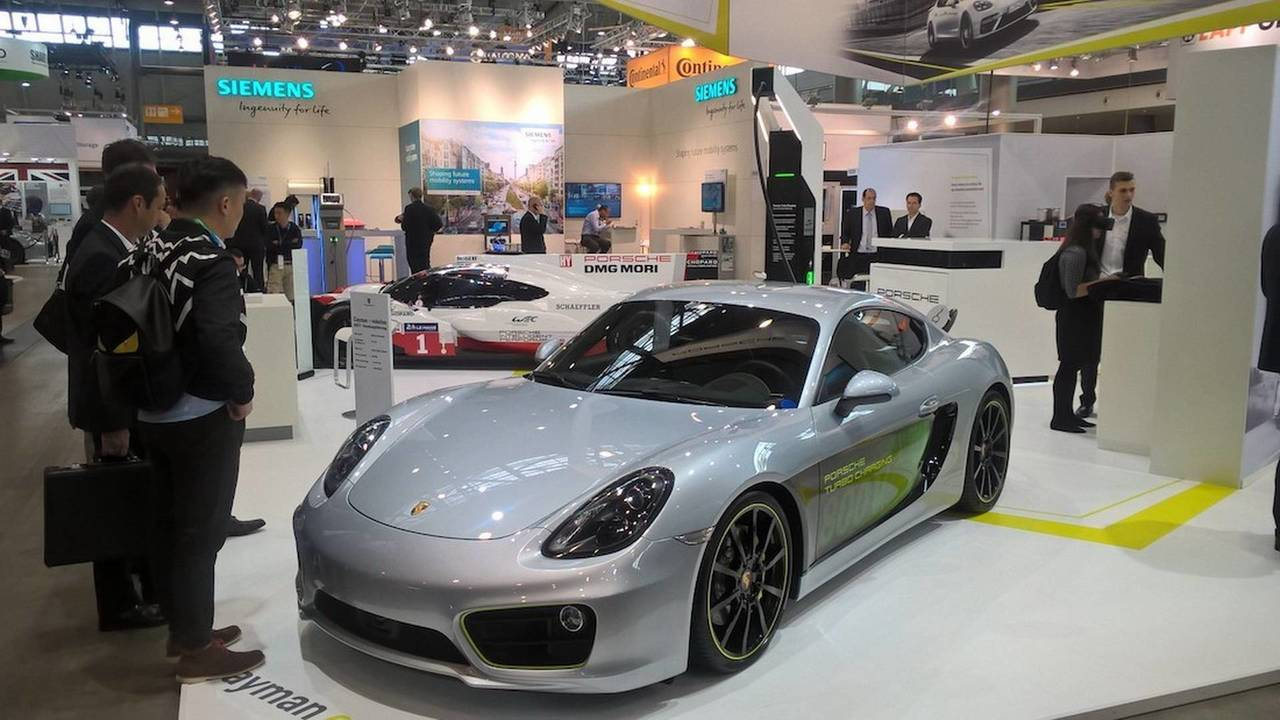 Porsche Cayman e-volution Concept