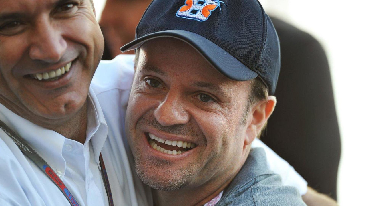 Rubens Barrichello with Pasquale Lattuneddu of the FOM 17.11.2012 United States Grand Prix