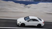 2014 Mercedes-Benz CLA 45 AMG storms into NYIAS