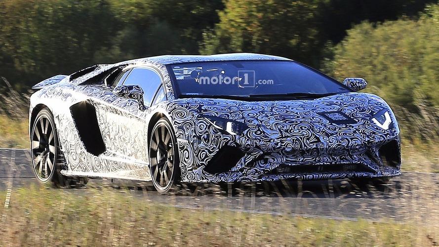 Makyajlanmış Lamborghini Aventador, Superveloce eklentileriyle görüntülendi