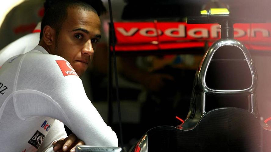 Hamilton hits out at FIA super license threat