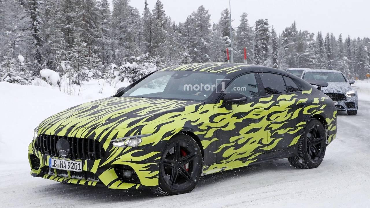 4 kapılı Mercedes-AMG GT Coupe