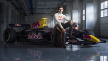 Max Verstappen to drive for toro Rosso in 2015 announcement