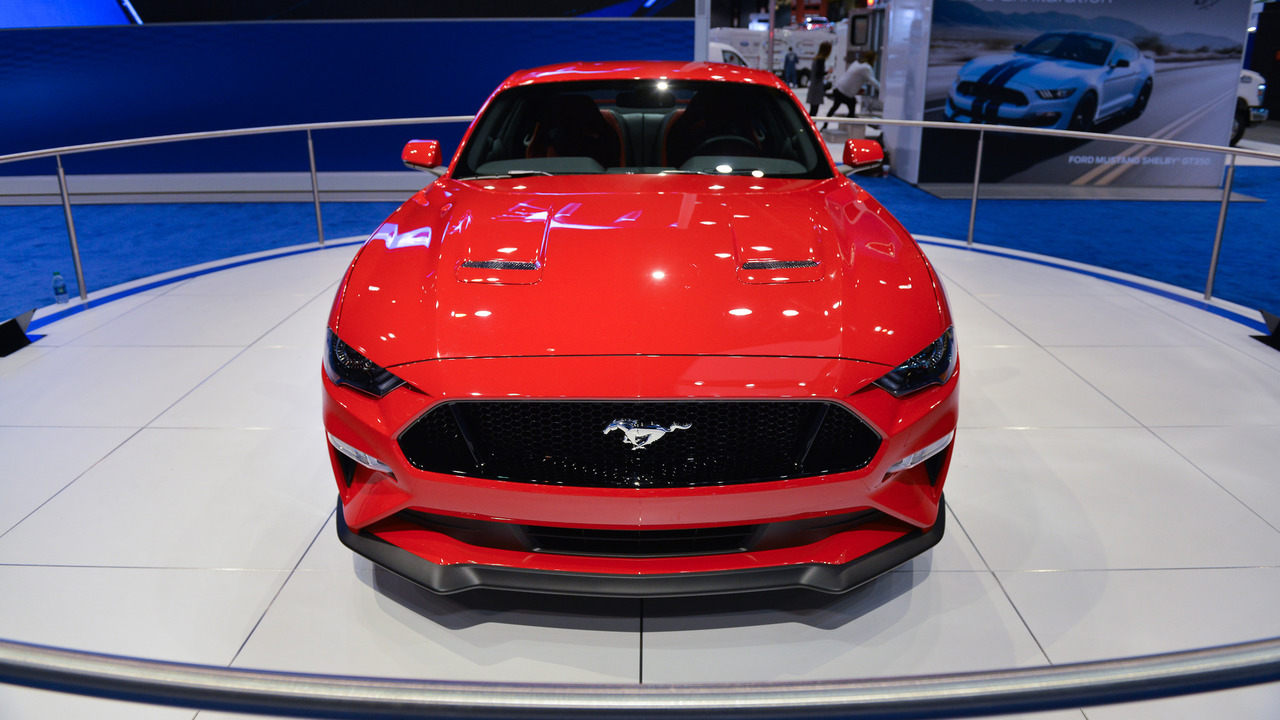 2018 Mustang Gt Pricing >> 2018 Ford Mustang looks like pony car perfection in Chicago