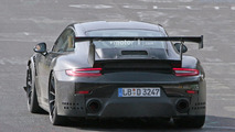 2018 Porsche 911 GT2 casus fotoğrafları