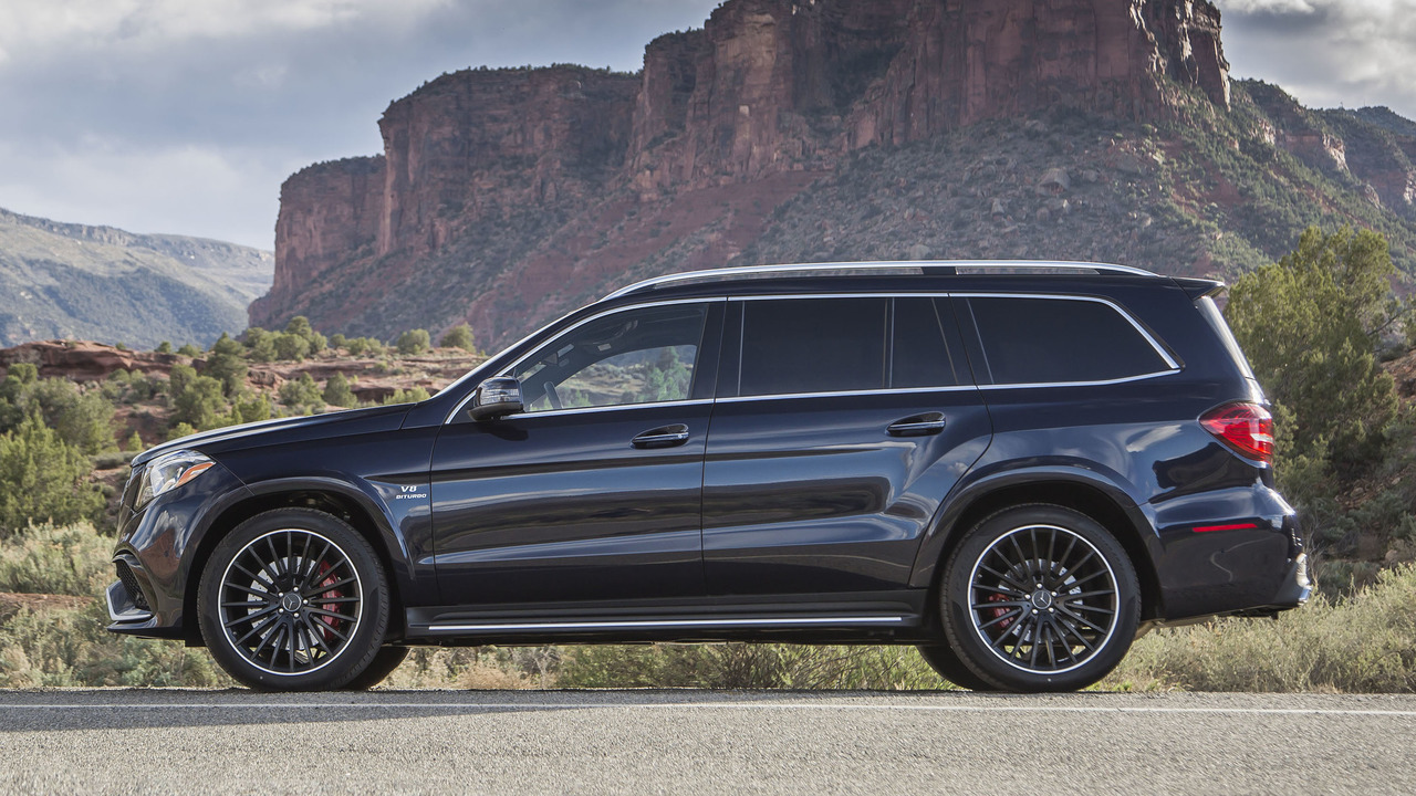 Ford Escape Towing Capacity >> Review: 2017 Mercedes-AMG GLS63