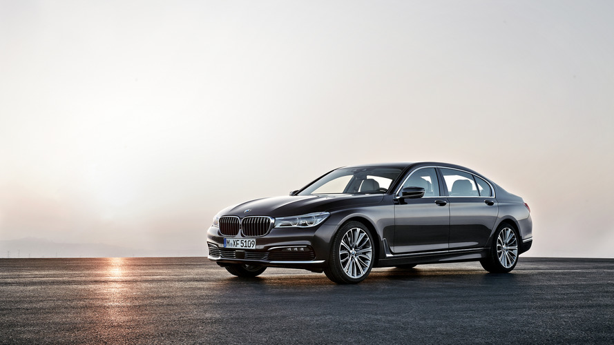 BMW 7 Series: Database