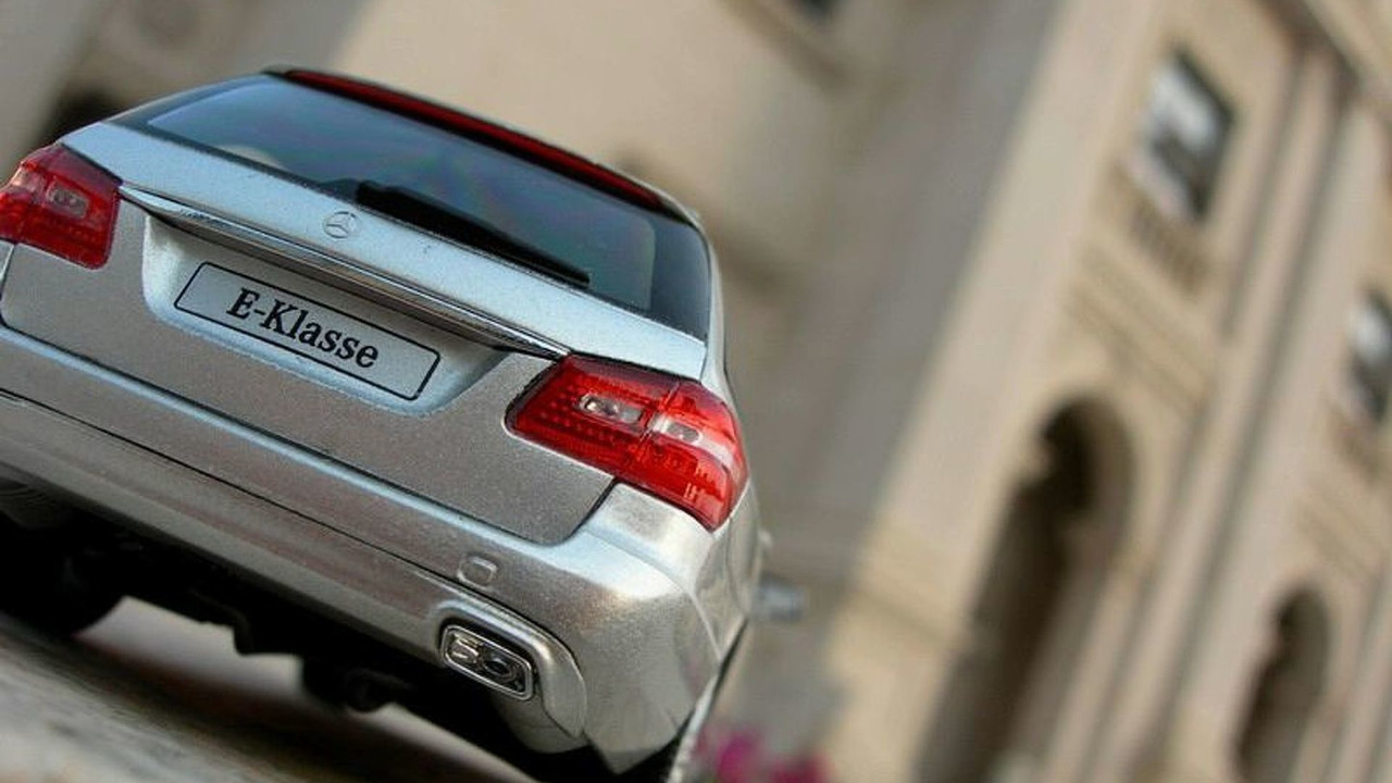 2010 Mercedes E-Class Wagon Leaked Image