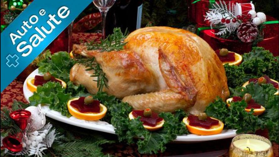 Natale e grandi abbuffate: cosa mangiare per guidare sereni