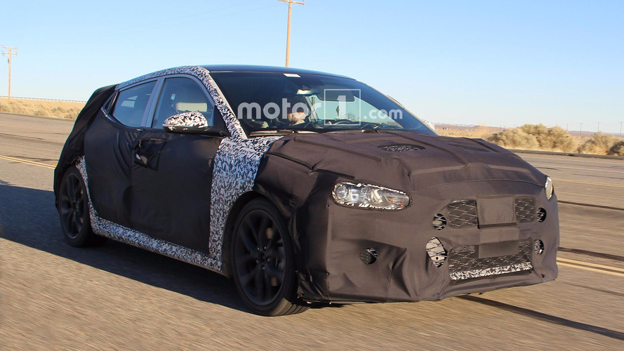 Next Hyundai Veloster spied testing in the desert