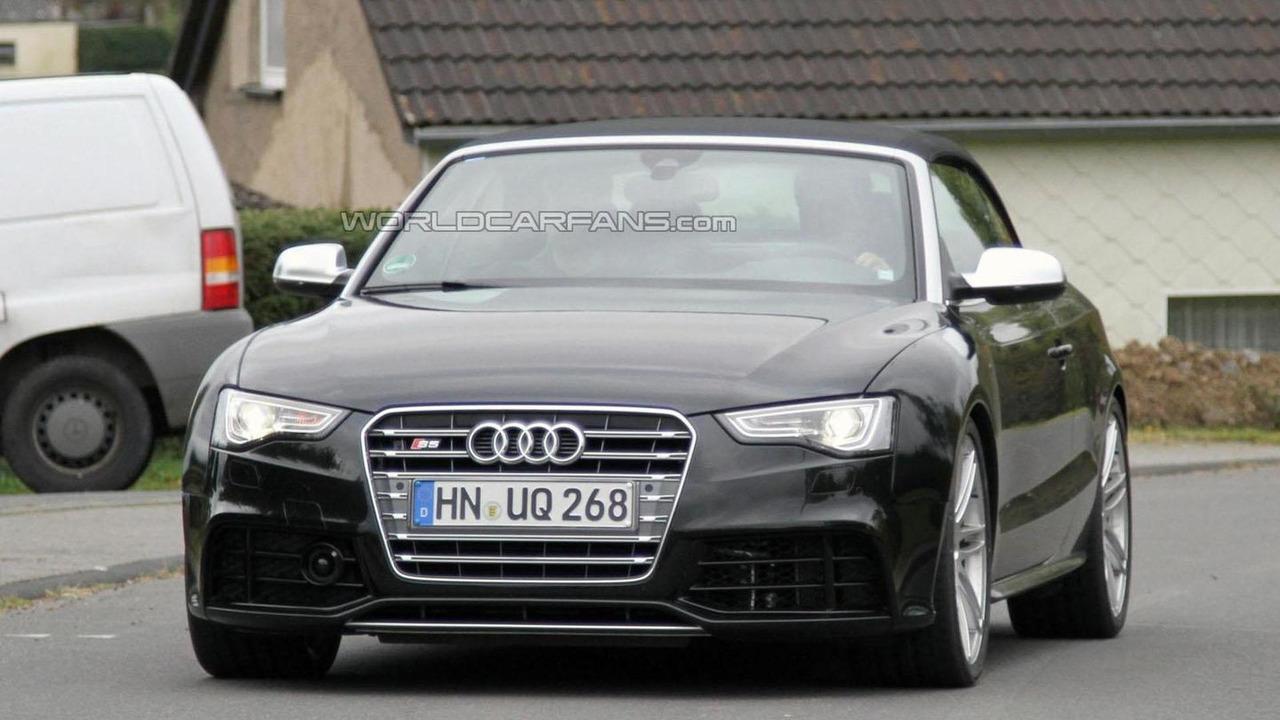 Audi RS5 Cabrio spy photo 11.10.2011