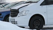 2014 Mercedes Benz Viano mule spied 12.01.2012