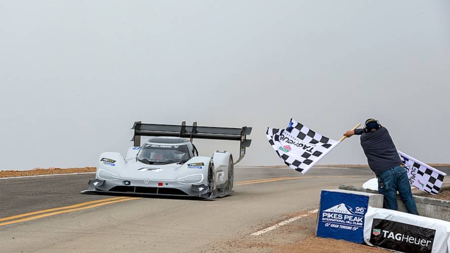 dumas shatters pikes peak record in electric vw. Black Bedroom Furniture Sets. Home Design Ideas