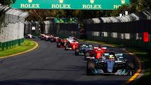 Lewis Hamilton, Mercedes AMG F1 W08, leads Sebastian Vettel, Ferrari SF70H, Valtteri Bottas, Mercedes AMG F1 W08, Kimi Raikkonen, Ferrari SF70H, Max Verstappen, Red Bull Racing RB13