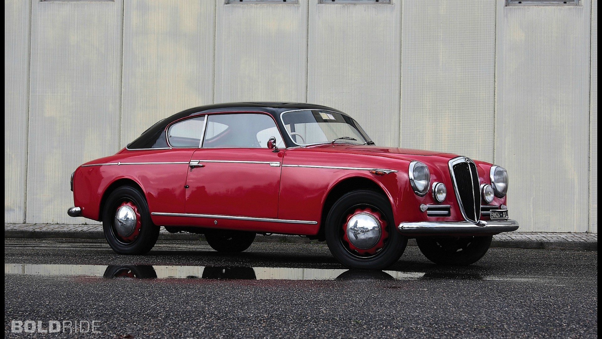 https://icdn-1.motor1.com/images/mgl/NxwPY/s1/lancia-aurelia-b20-coupe.jpg