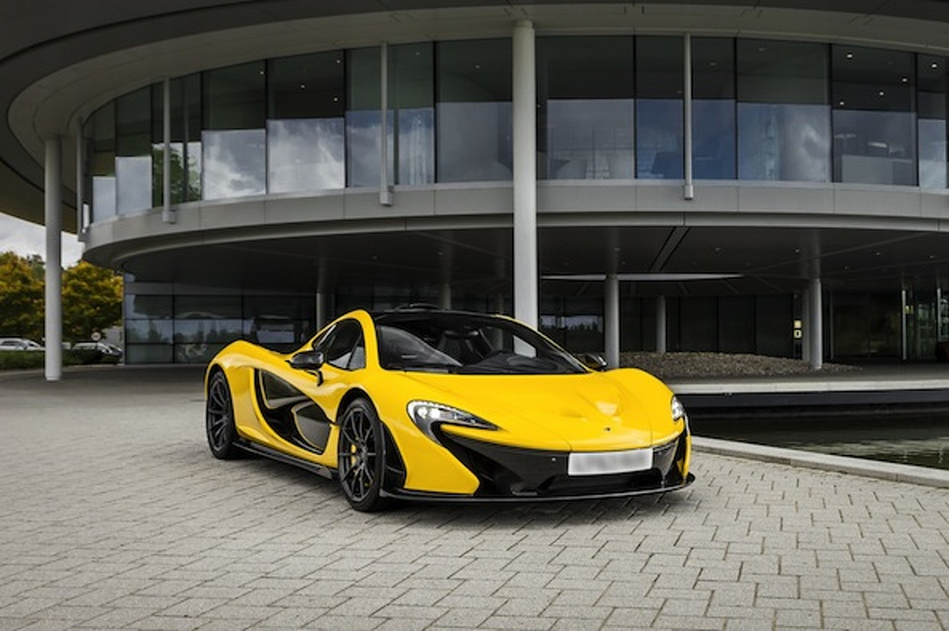 McLaren Details P1 Hypercar: 0-62MPH in 2.8 Seconds, 28 MPG