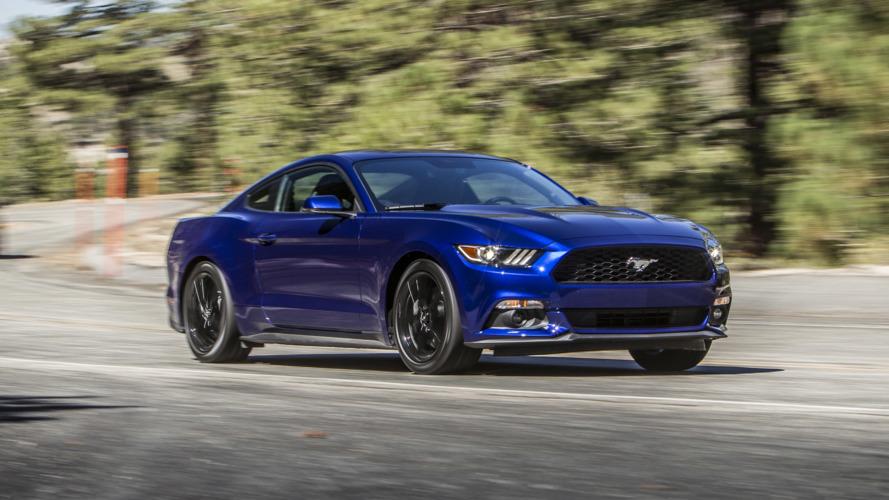 Ford, 830 bin aracı sürüş sırasında kapısı açılabileceği için geri çağırdı
