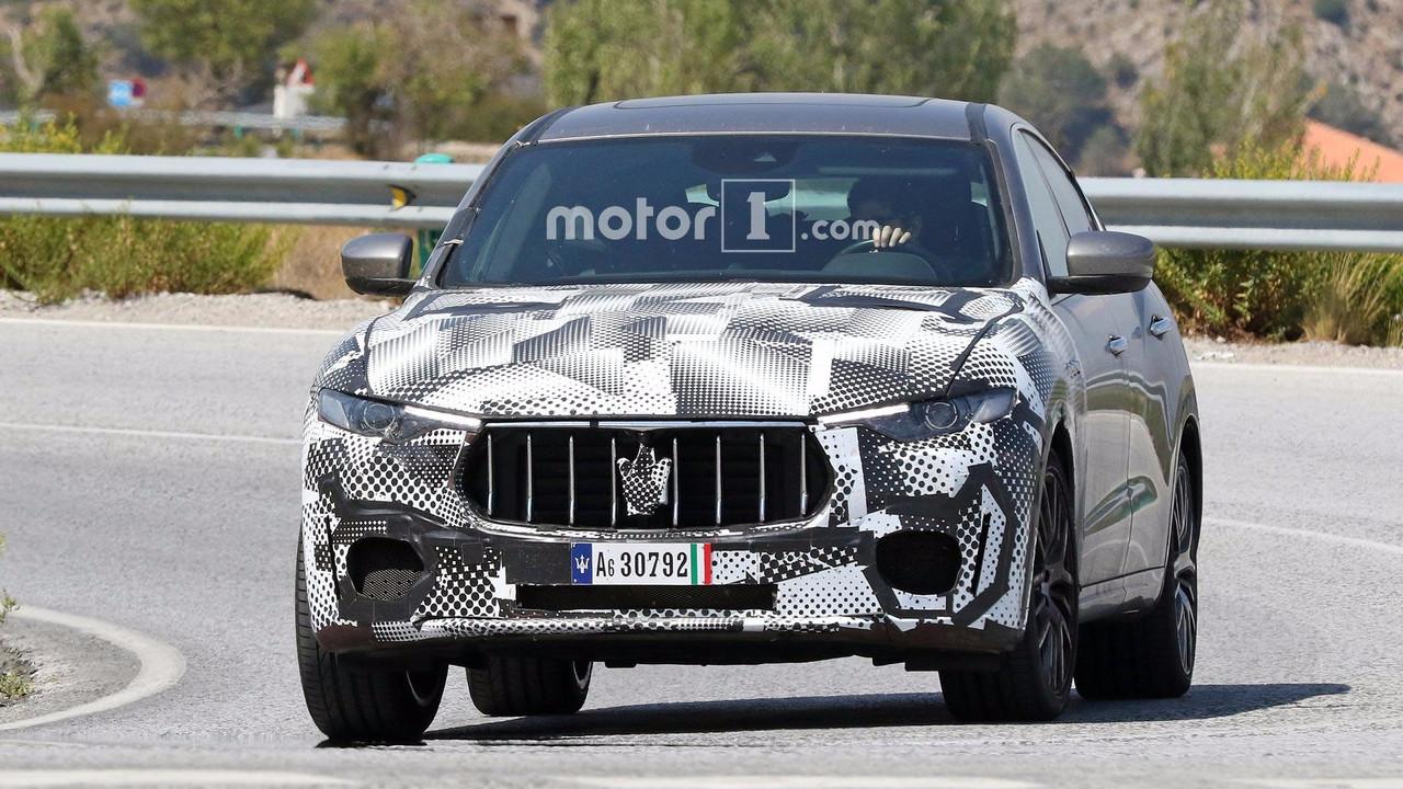 Maserati Levante GTS casus foto