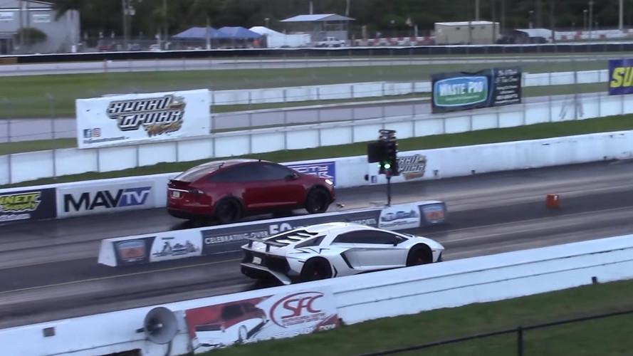 Tesla Model X Outguns Lamborghini Aventador SV, Sets World Record