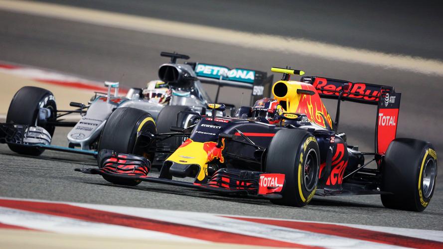 Red Bull - Le V6 turbo Renault devrait être à 15 ch du Mercedes en 2017