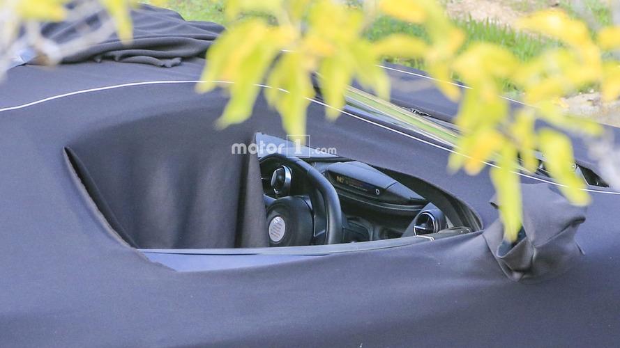 McLaren P14, sade konsolu ile objektiflere takıldı