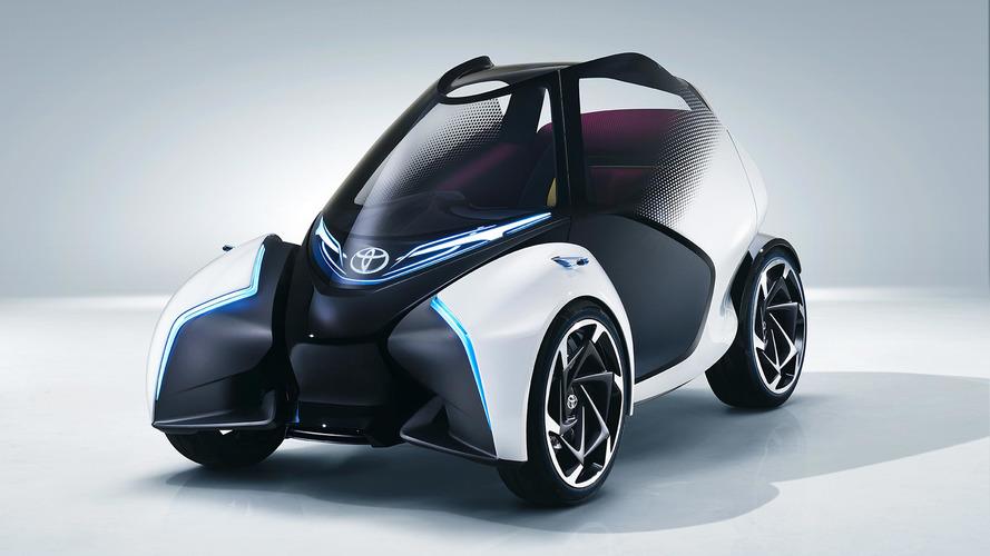 Toyota i-Tril konseptiyle elektrikli otomobile ilginç bir bakış