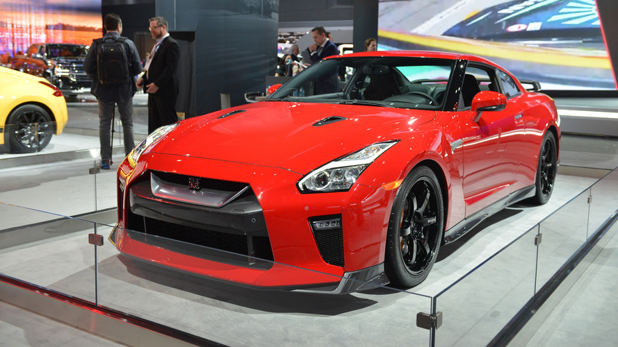 Nissan GT-R Track Edition Appears Behind Barriers In New York