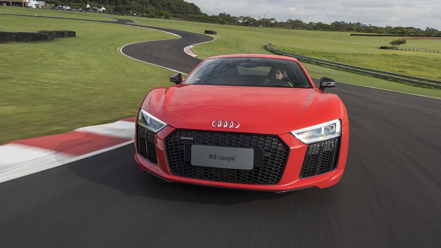 Primeiras impressões - Novo Audi R8 V10 Plus na pista debaixo de chuva