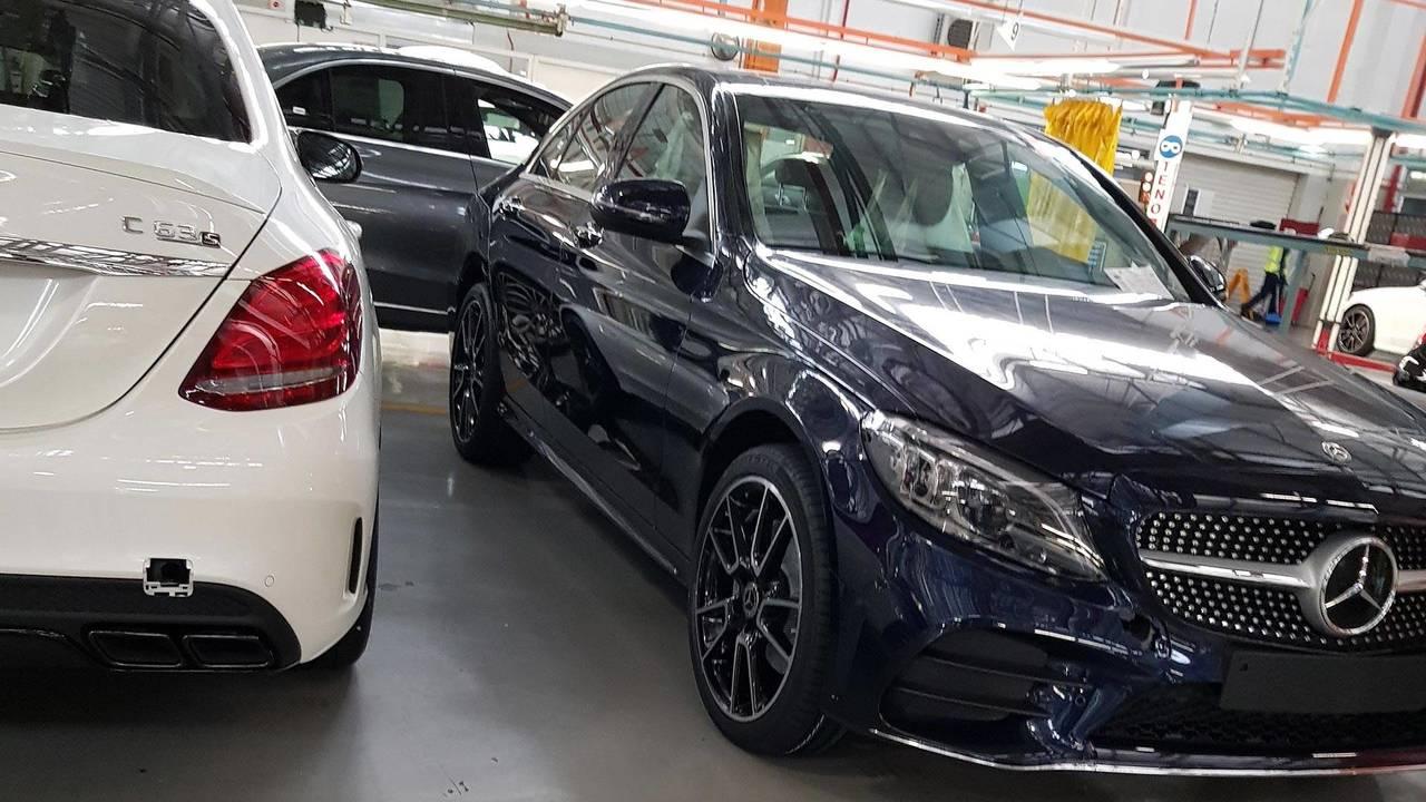 Mercedes-Benz C43 Spy Shots