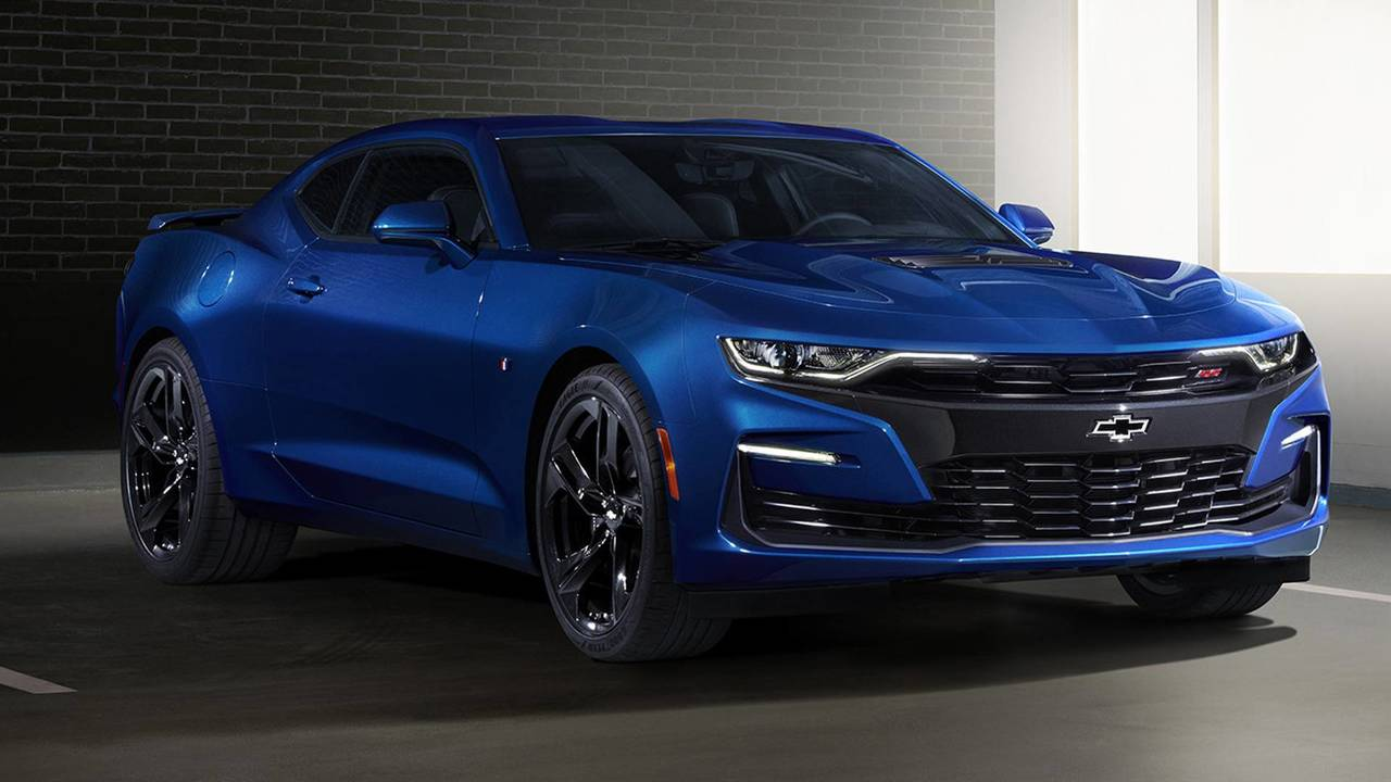 2019 Chevy Camaro See The Changes Side By Side Motor1