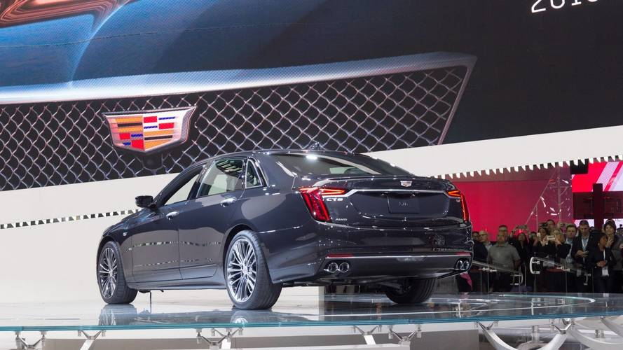 2019 Cadillac CT6 V-Sport at the 2018 New York Auto Show