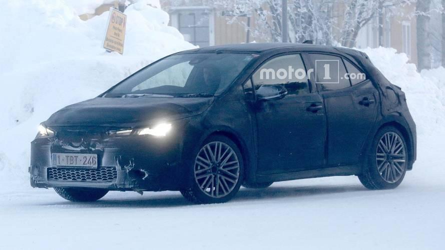 Toyota Auris ve Corolla iM testler sırasında yakalandı!