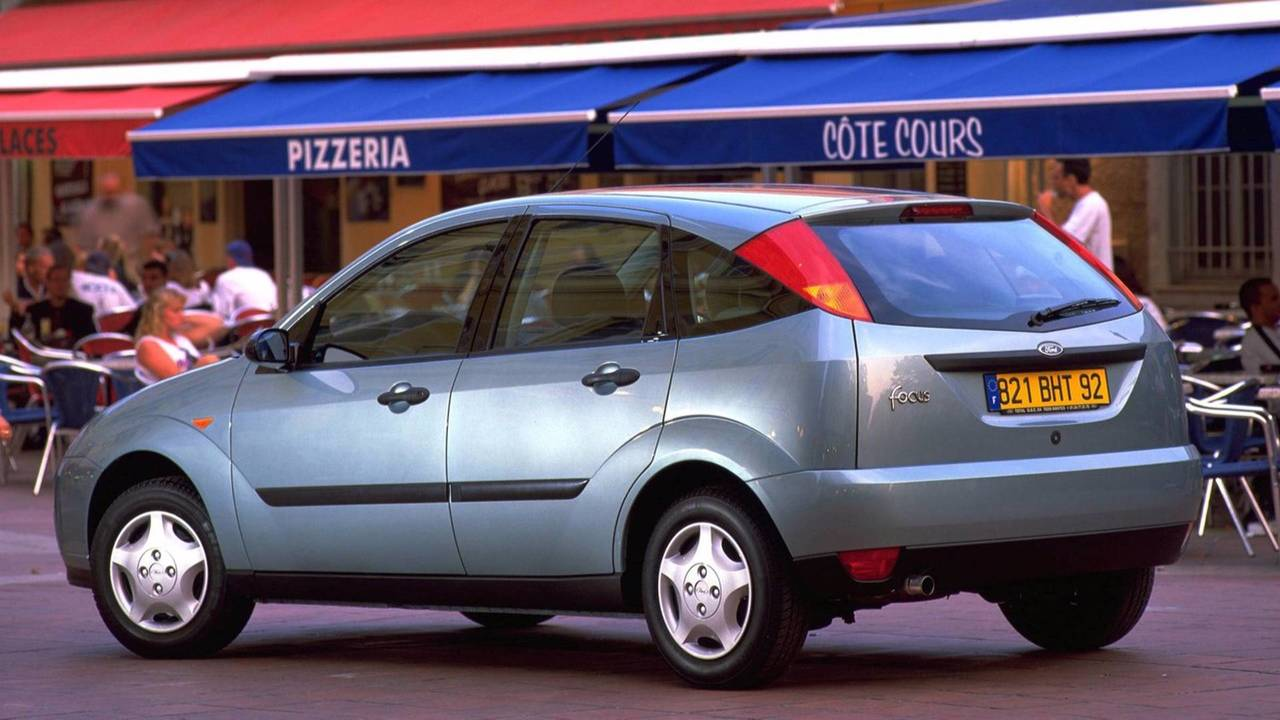 1998-2001 Ford Focus Hatchback