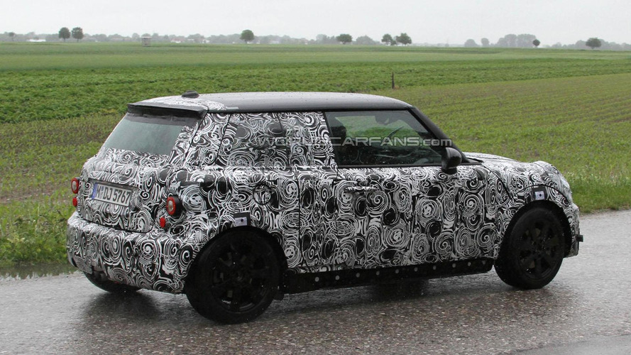 2013 MINI Cooper comes into focus