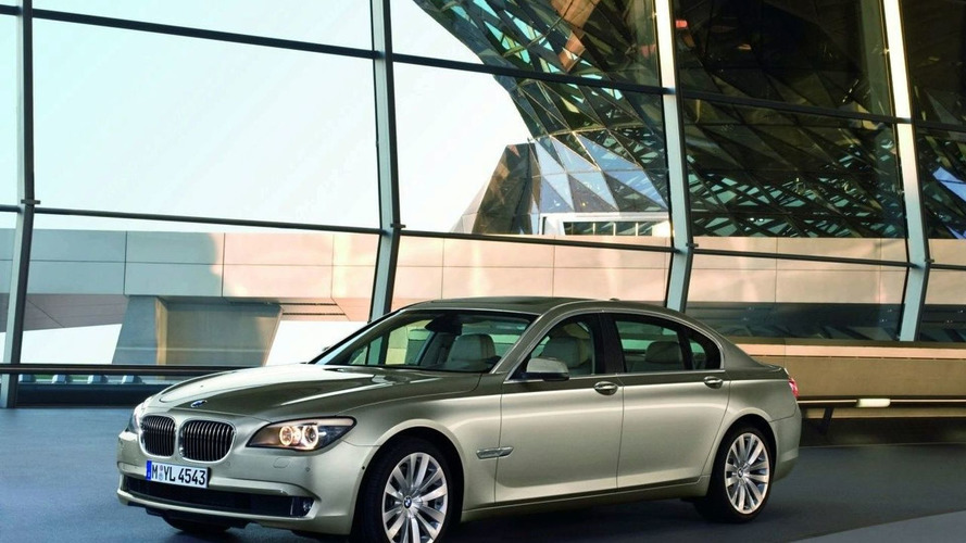 New Footage of BMW 7-Series Showcases its Technology