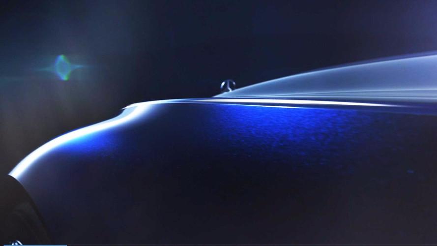 Mercedes yeni konseptini tanıtmaya başlıyor