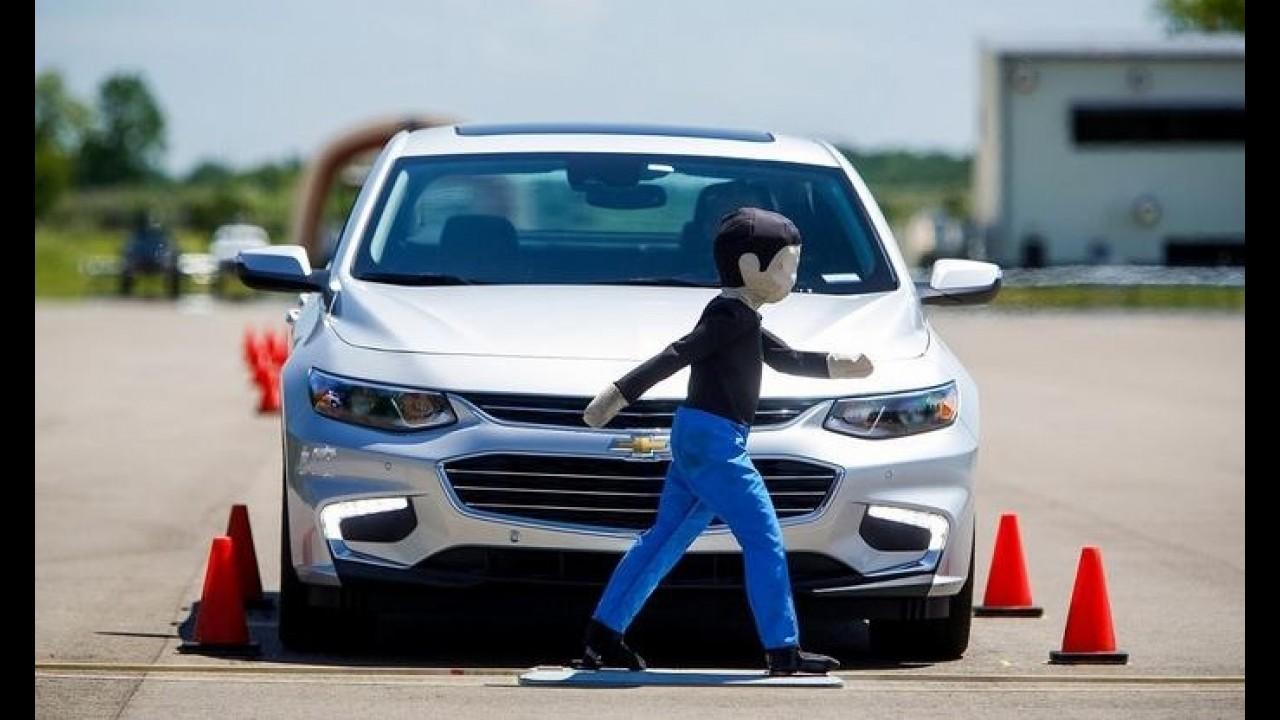 Chevrolet desenvolve sistema anti-colisão para carros mais baratos