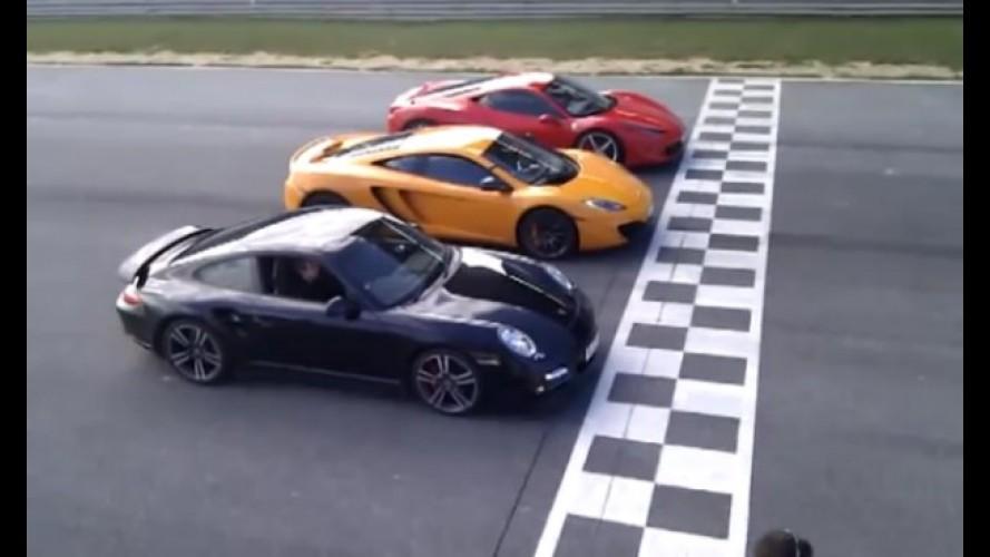 VÍDEO: McLaren MP4-12C deixa Ferrari 458 Italia e Porsche 911 Turbo para trás em arrancada