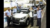 Renault retomou hoje a produção - Fábrica do Paraná estava paralisada para ampliação
