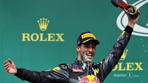 Podium: Daniel Ricciardo, Red Bull Racing celebrates his second position drinking champagne from his race boot