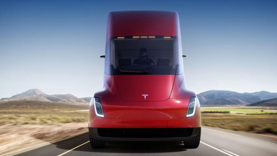 Tesla citata per furto di brevetti per il camion elettrico