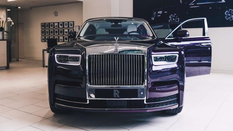 London Car Dealer Gets First New Phantom For World Debut
