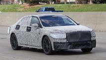 2017 Lincoln Continental spy photo
