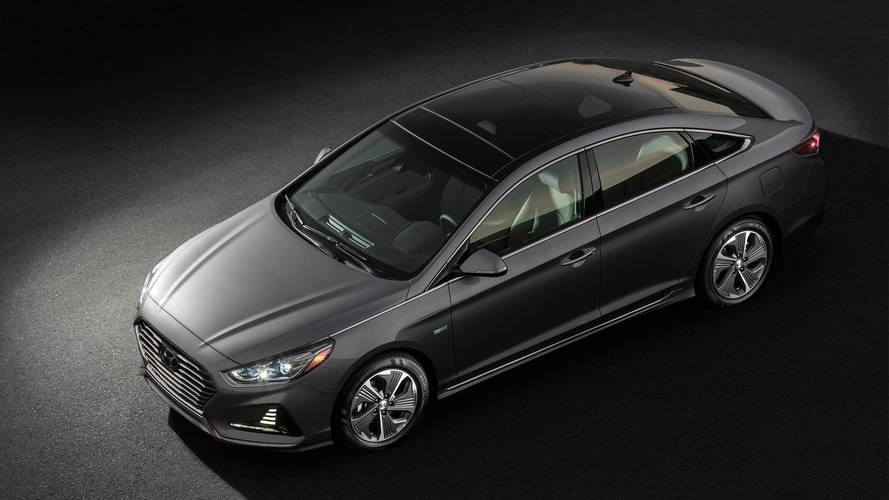2018 Hyundai Sonata Hybrid Is Cheaper While Adding Safety Kit