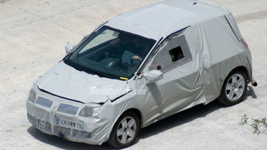 SPY PHOTOS: All New Renault Twingo Latest Pics