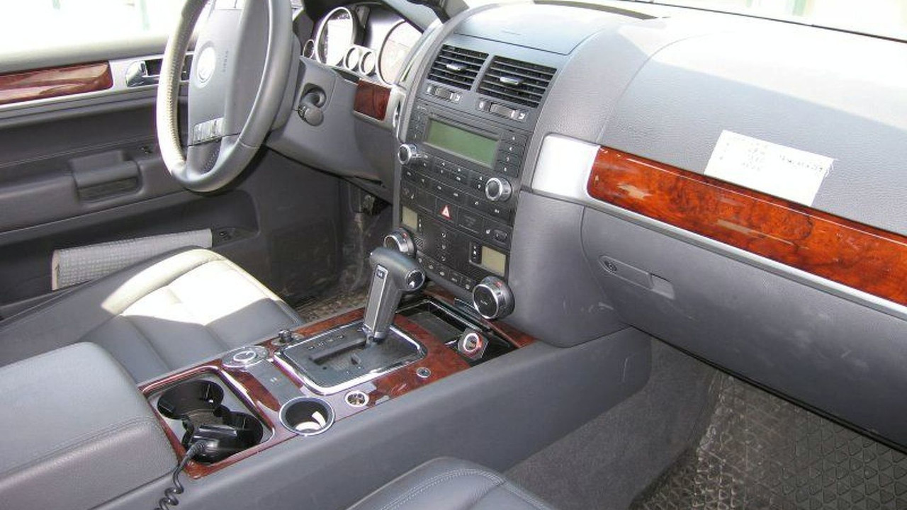 Spy Photos: VW Touareg Facelift